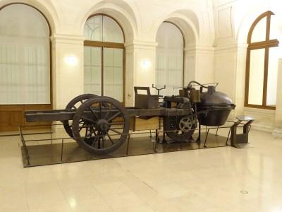 Musée des arts et métiers Dampfwagen Cugnot