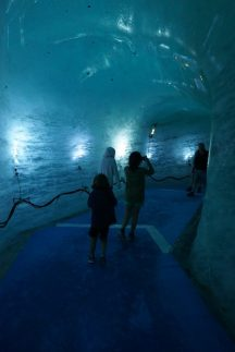Eisgrotte am mer de glace