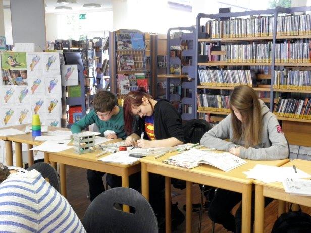 Mangazeichenkurs in der Bibliothek