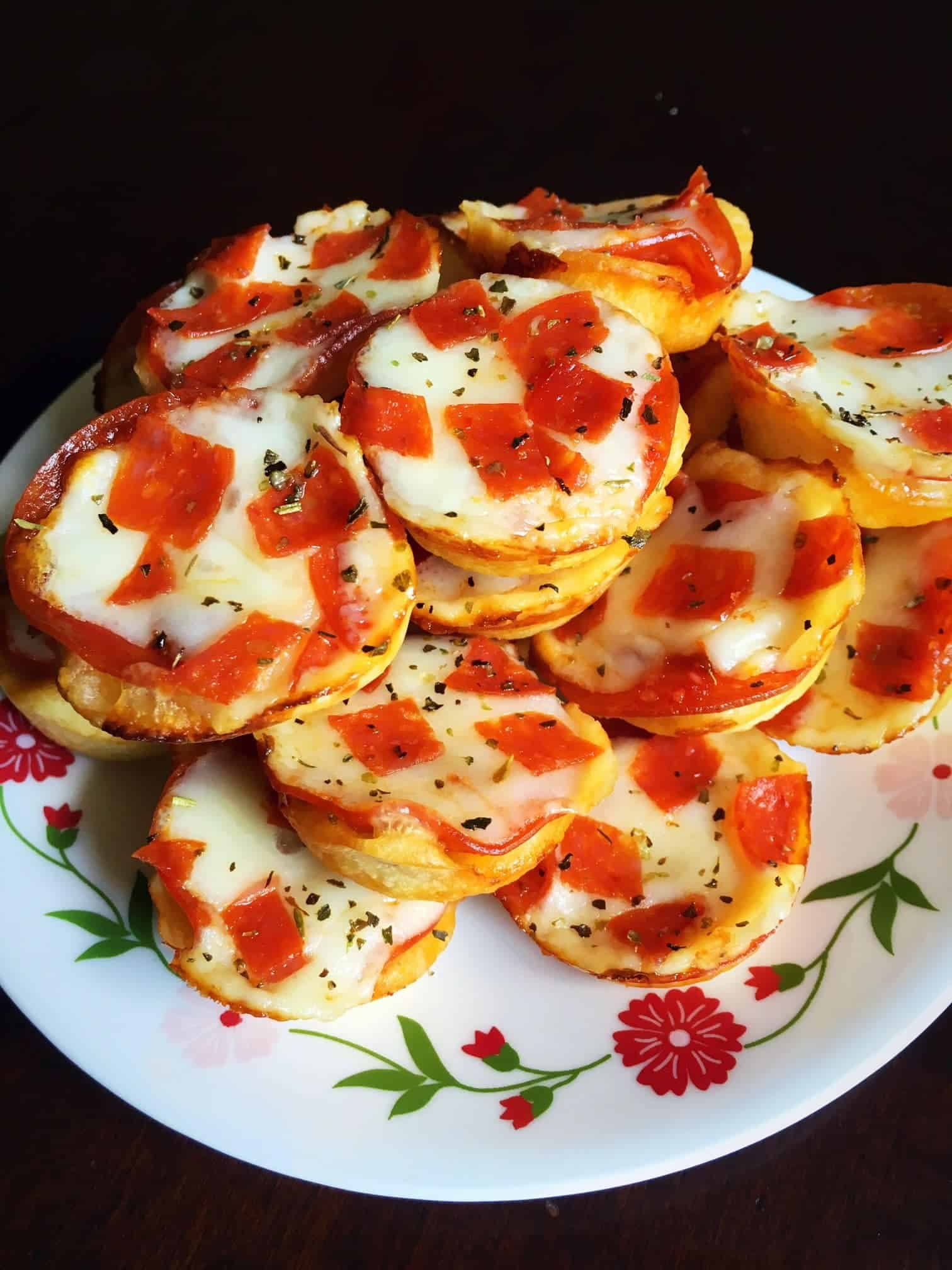 Mini Pepperoni Pizza Cups