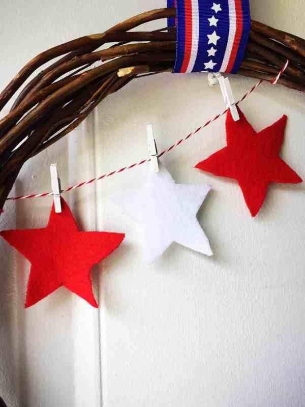 4th of July Pinwheel Wreath (9)