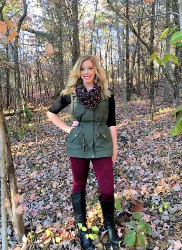3-ways-to-style-a-utility-vest-for-fall-1