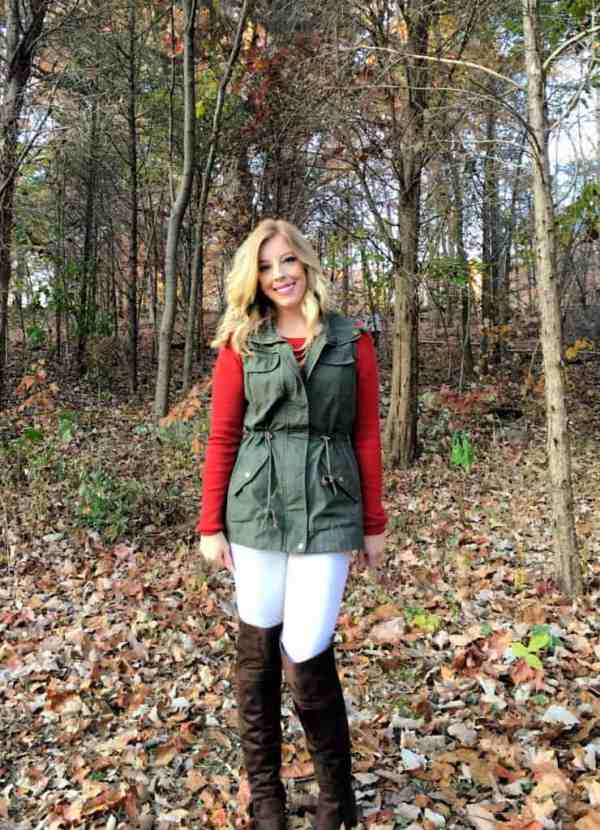 3-ways-to-style-a-utility-vest-for-fall-30