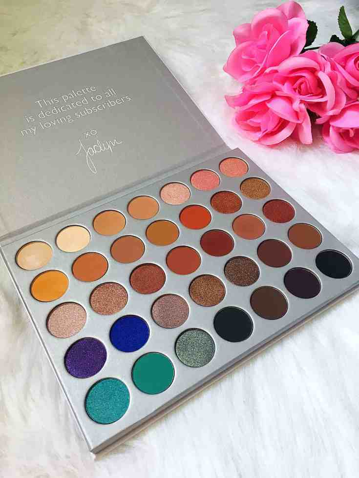 Morphe x Jaclyn Hill Eyeshadow Palette Review- One of the most gorgeous and versatile eyeshadow palettes out there including 35 fun shades! Perfect for both makeup beginners and makeup pros!