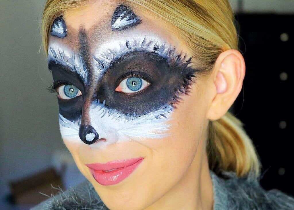 Cute and Easy Raccoon Mask Halloween Makeup Tutorial