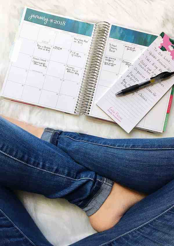 7 Tips + Tools For Organizing Your Life