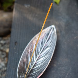 ALUMINUM LEAF INCENSE BURNER