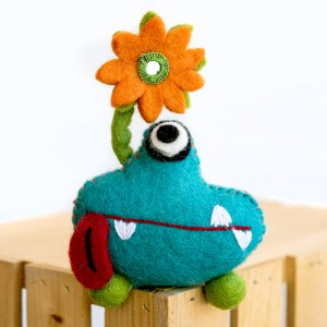 TOOTH MONSTER BLUE WITH FLOWER