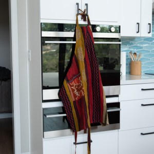 UPCYCLED SARI APRON WITH POCKET