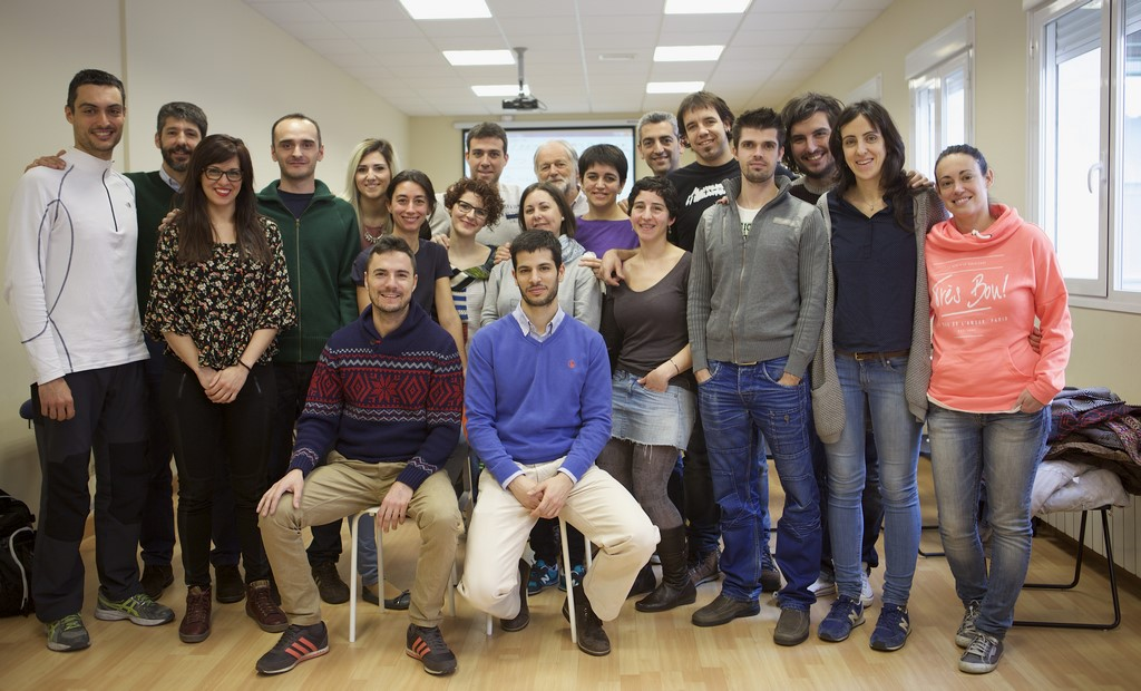 alumnos 2 - escuela oficial de kinesiologia holistica
