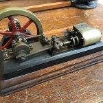 Model steam engine, maker unknown.