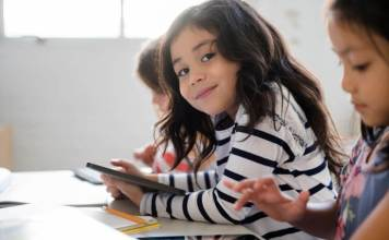 Do Devices Cause Bad Behavior to Kids?