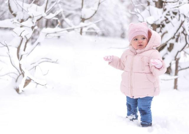 10 Cool December Baby Names for Your Precious Little One 4