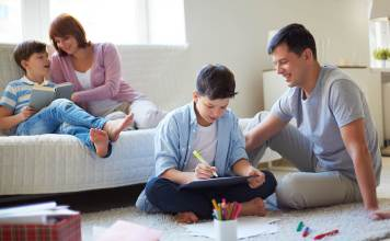 Parenting Issues: Stay Positive With These Bible Verses About Parenting