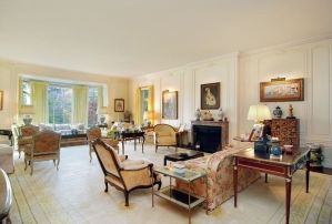 Holly Hill Estate Parlor