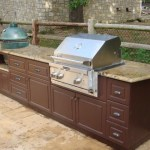King DuraStyle® Custom Cabinet Door Program - Camden Style Door and Drawer in Mocha Brown