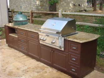 King DuraStyle™ Mocha Brown For Outdoor Kitchens