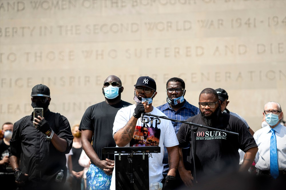 Closing the memorial, Philonise Floyd, the brother of George Floyd, encourages the protestors to continue fighting peacefully. (Photo by Tsubasa Berg)