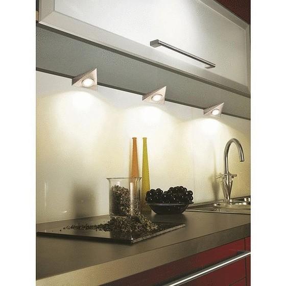 eclairage sous meuble cuisine triangulaire encastres en saillie 470 lumens 3 x 2 8 watt blanc 3 lumieres led avec interrupteur blanc 3000k starlicht