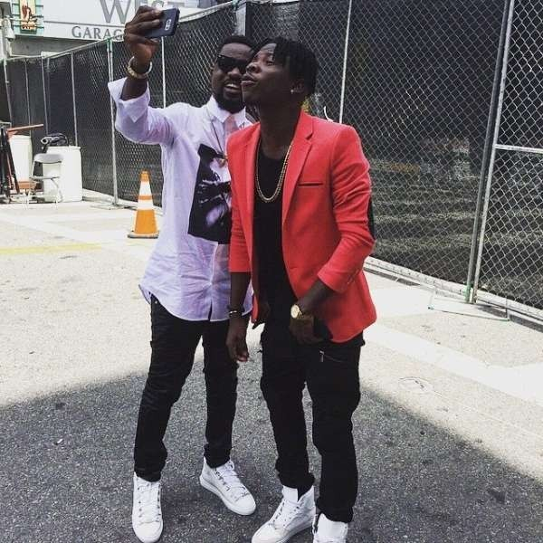 Sarkodie ft Stonebwoy - Strenght Of A Woman. Bet award winners Sarkodie and Stonebwoy song download here.