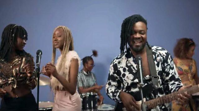 Lord Paper - Asa Bone Video. Watch Ghana Music videos. Latest music releases.
