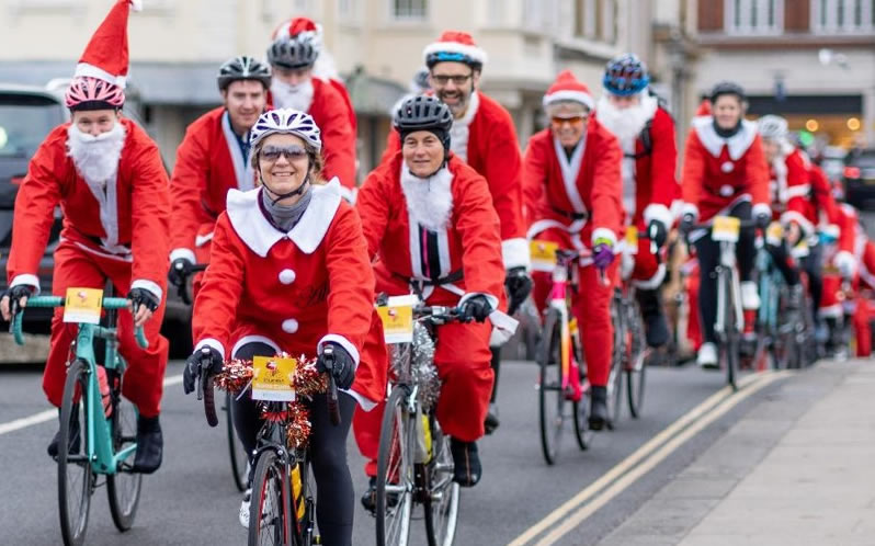 Santa Charity Cycle Kingston on Thames