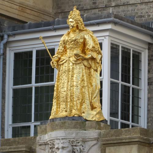 Queen Anne Gold Statue Kingston