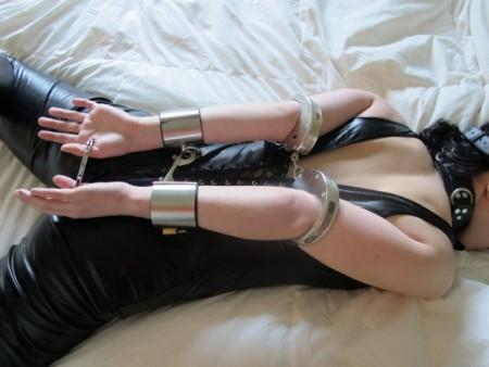 inescapable rope bondage