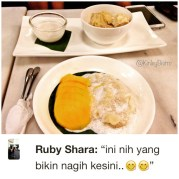 Durian Sticky Rice or Mango Sticky Rice? Why choose between them when you can have both