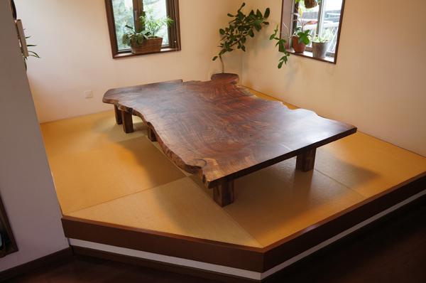 クラロウォルナットローテーブル