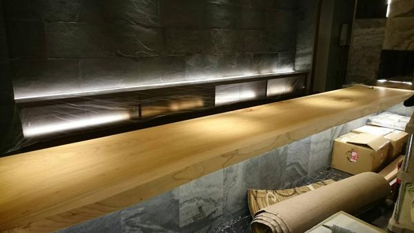 木材一枚板カウンター