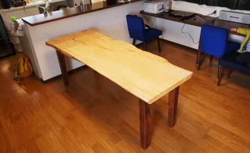 桧一枚板ダイニングテーブル