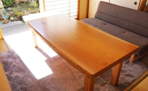 一枚板テーブルの脚取り換え