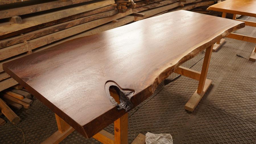ウォルナット一枚板テーブル