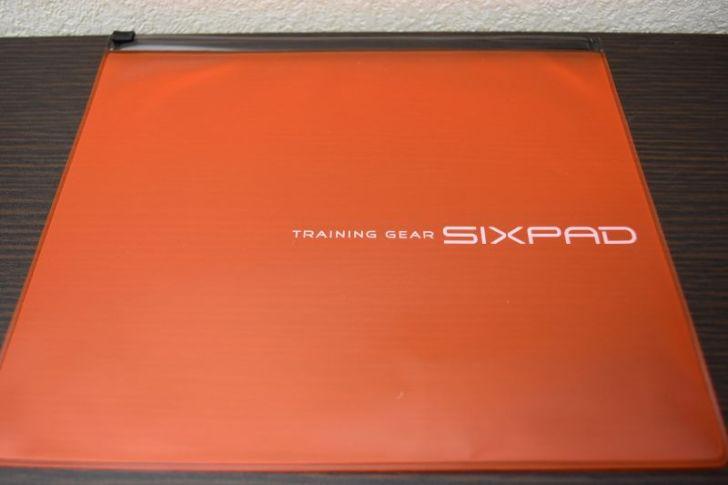 SIXPADの収納ケース