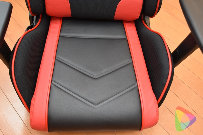 ゲーミング座椅子の座面