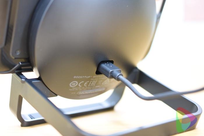 ベルキン「BOOST↑UP™ ワイヤレス充電スタンド」