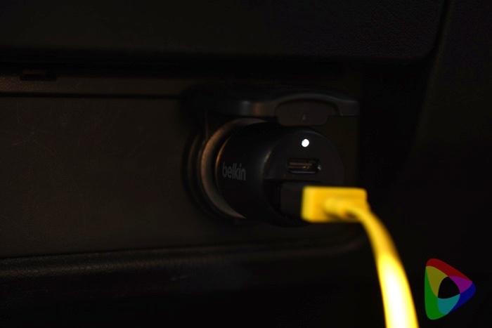 ベルキン BOOST↑CHARGE 車載充電器「F7U100bt04-BLK」