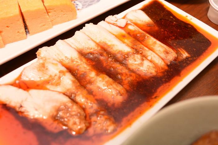 だま 玉子焼き 8.地鶏のよだれ鶏 特製麻辣醤油ダレ