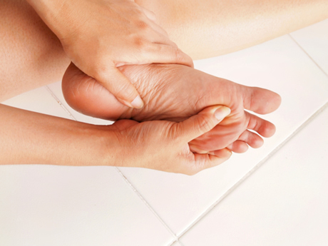foot pain 460
