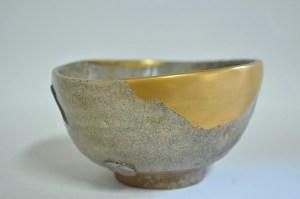 Edo Karatsu kintsugi repaired bowl.