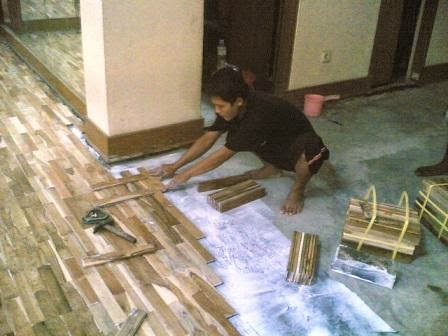 biaya memasang lantai kayu