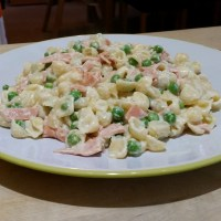Recipe - Creamy Cheese and Pea Mini Pasta with Quorn Bacon