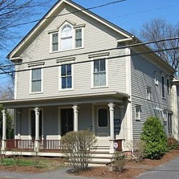 How did this fully restored 1850-era house on Union Street