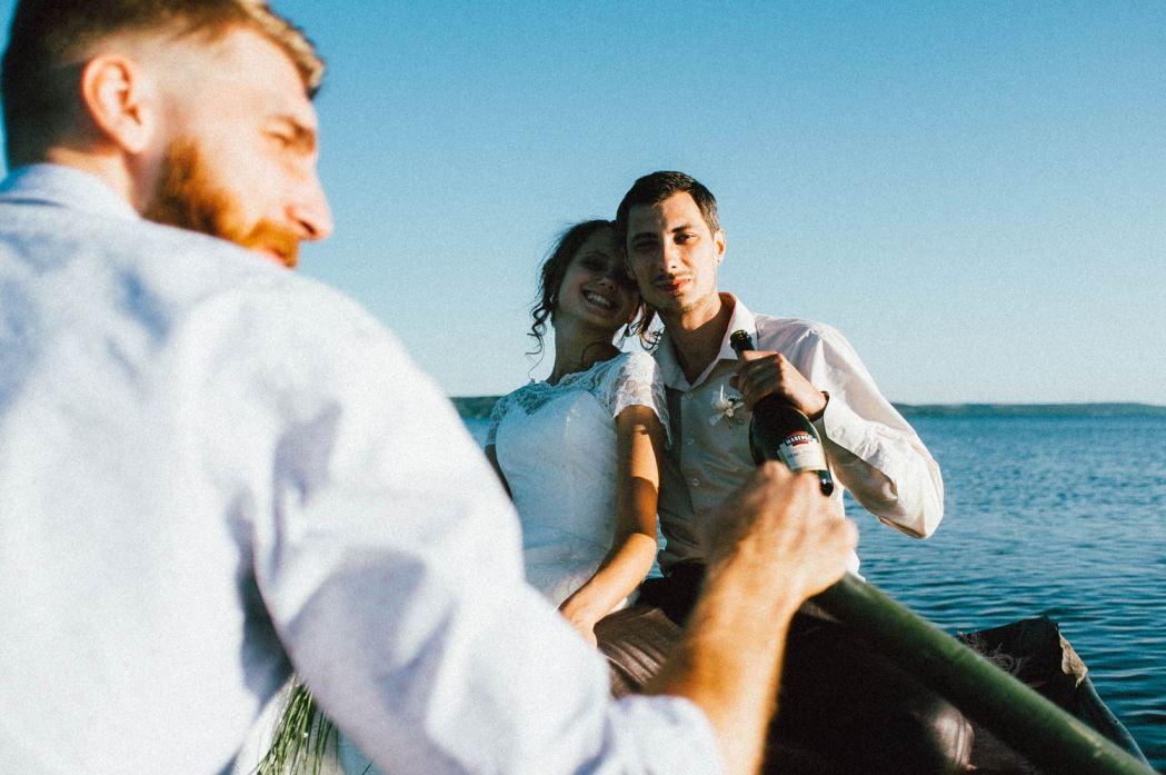 Свадьба на Днепре. Много воды и счастья