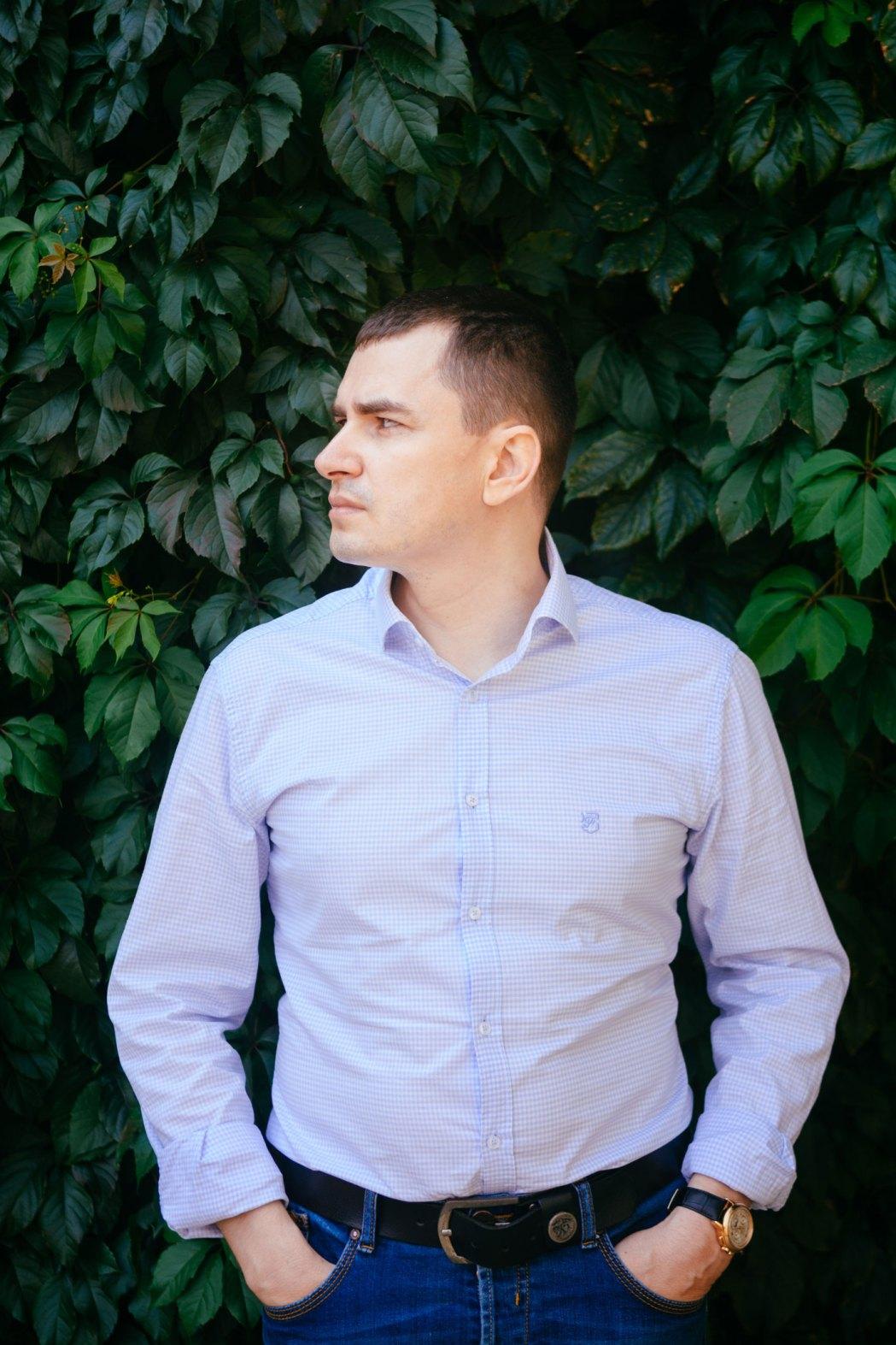 мужской портрет на улице киев