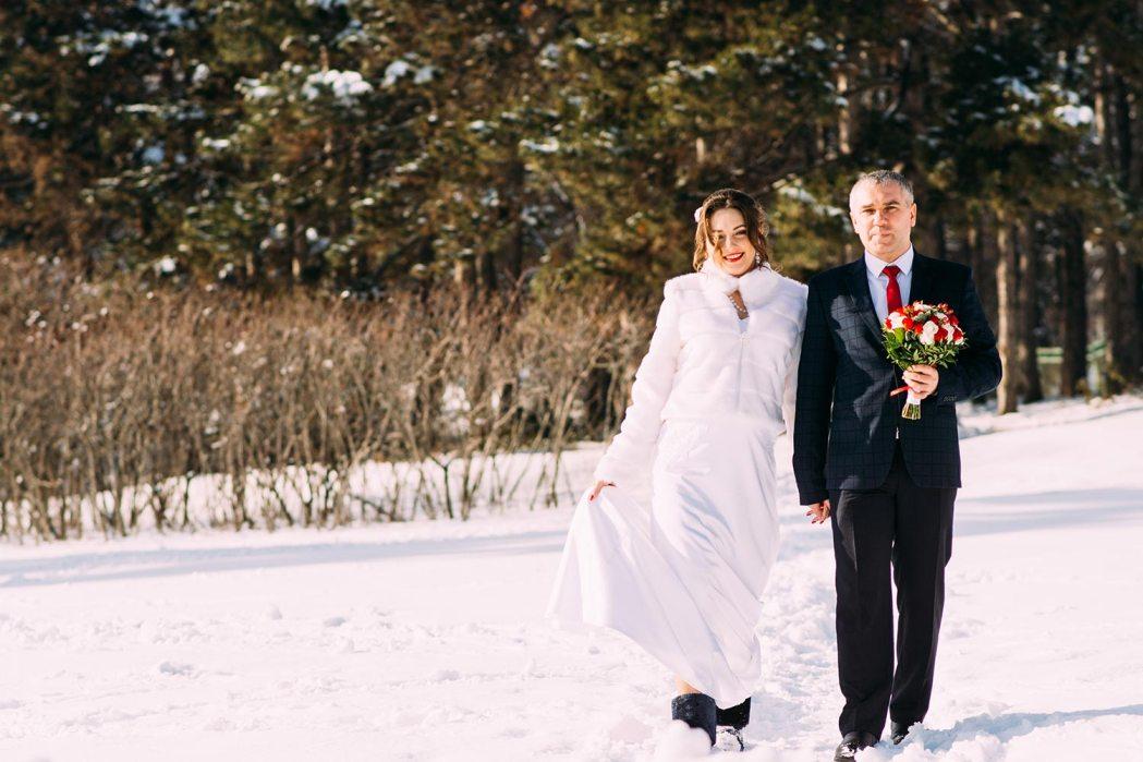 зимняя фотосессия в ботаническом саду свадьба