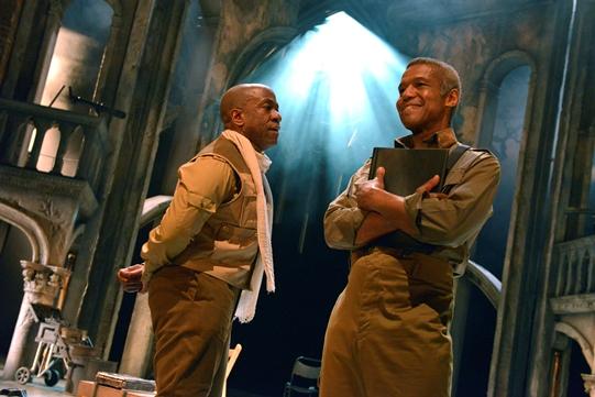 Othello 2015 13 541x361