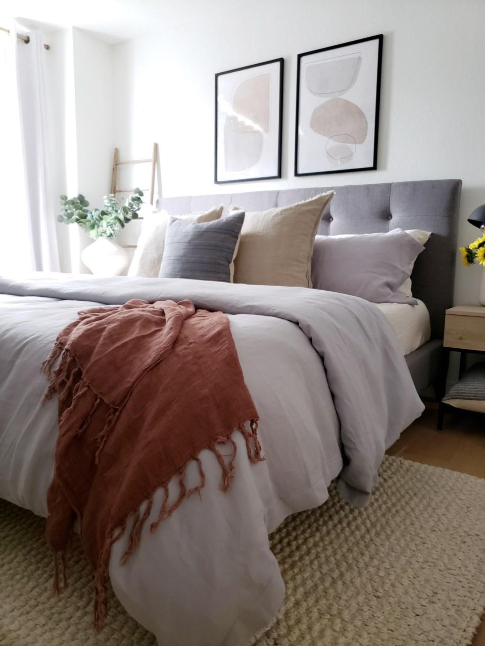 minimalist eclectic bedroom - kismet house