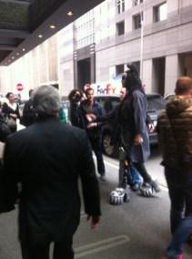 Är det Sophie Tweed-Simmons i bakgrunden?!